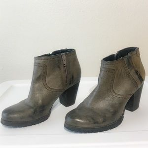 Clarks Booties *50% Off Bundles
